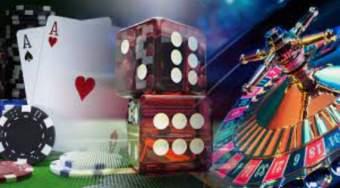 Kort, terninger, chips og roulettebord